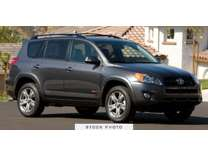 2010 Toyota RAV4 FWD 4dr 4-cyl 4-Spd AT (GS)