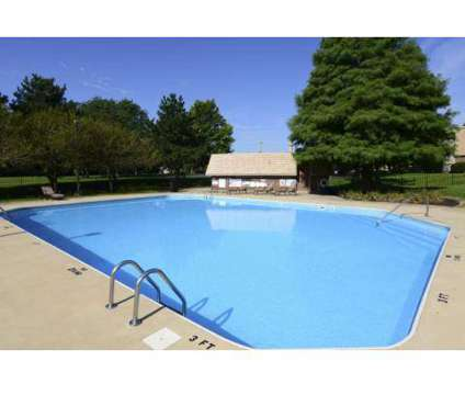 2 Beds - Kings Highlands at 4979 Kingshill Dr in Columbus OH is a Apartment