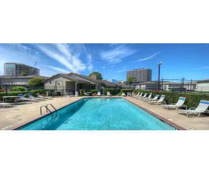 2 Beds - Morningside Green at 11810 Hammond in Houston TX is a Apartment