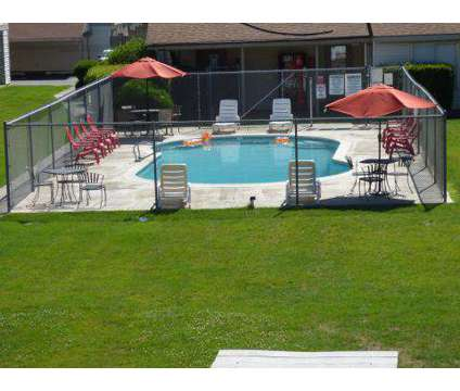 2 Beds - Phoenix Manor at 425 South Olympia in Kennewick WA is a Apartment