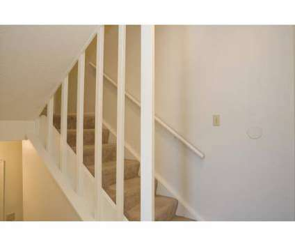 4 Beds - Stonegate Meadows at 10500 East 42nd St in Kansas City MO is a Apartment