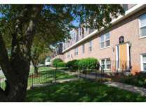 2 Beds - View Pointe Apartments