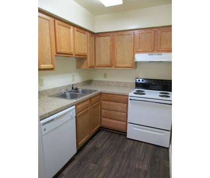 2 Beds - Johns Creek Apartments at 25 1/2 Bainbridge Ave in Hampton VA is a Apartment