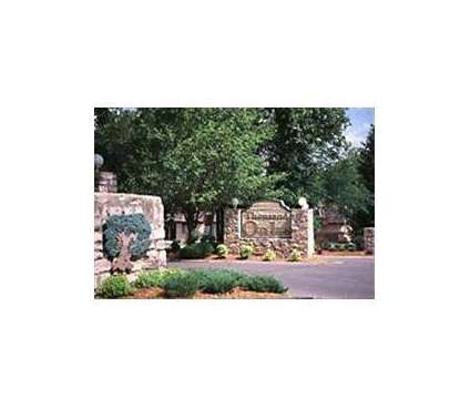 2 Beds - Thousand Oaks at 10405 West 70th Terrace in Shawnee KS is a Apartment