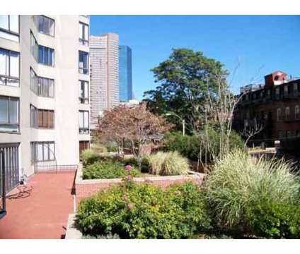 1 Bed - The Greenhouse Apartments | 150 Huntington Ave Boston MA ...