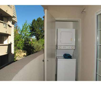 Studio - Park Regency at 3128 Oak Rd in Walnut Creek CA is a Apartment