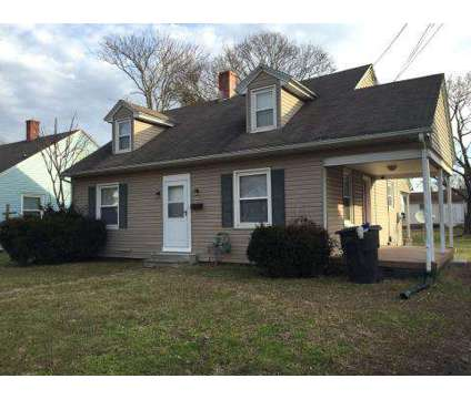 4 Beds - Fairfax Properties at Salisbury: Student Housing at 925 Eastern Shore Dr in Salisbury MD is a Apartment