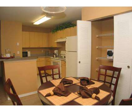 1 Bed - Hunter's Run at 1535 Blanding Boulevard in Middleburg FL is a Apartment