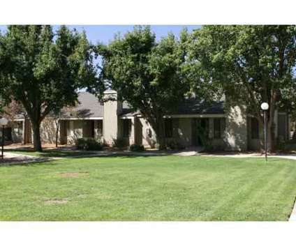 2 Beds - Windemere Apartments at 7087 N Thorne Avenue in Fresno CA is a Apartment