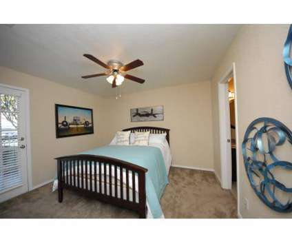 2 Beds - The Bridge Apartments at 404 South Fryers Creek Cir in Temple TX is a Apartment