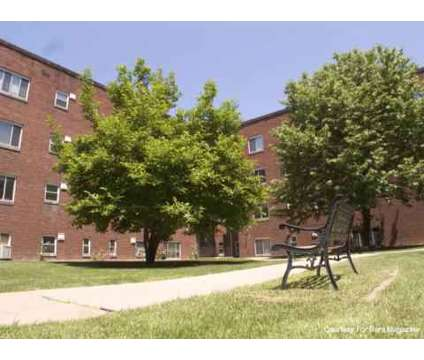 2 Beds - Bellevue Mansions at 440 Jefferson Ave in Bellevue PA is a Apartment