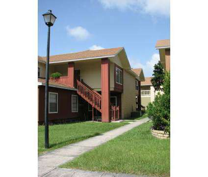 3 Beds - Kings Tree at 1800 Kingsley Avenue in Orange Park FL is a Apartment