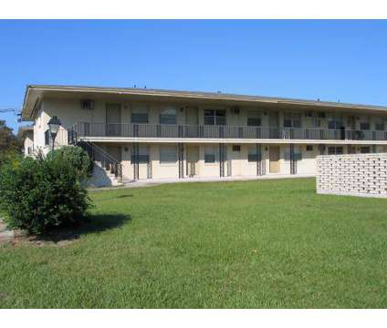 1 Bed - Eagle Pointe at 3131 University Boulevard North in Jacksonville FL is a Apartment