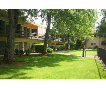 1 Bed - Edgemont at 11211 Ne Weidler in Portland OR is a Apartment