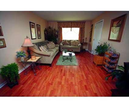 2 Beds - Clairborne Court Apartments at 1440 E College Way in Olathe KS is a Apartment