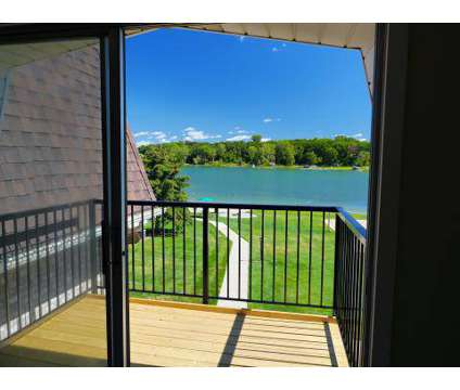 2 Beds - Lamberton Lake Apartments at 3118 1/2 Plaza Dr Ne in Grand Rapids MI is a Apartment