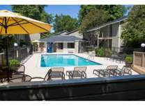 2 Beds - Kentfield Townhomes and Apartments