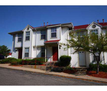 3 Beds - Forest Hills Townhomes at 4600 Forest Hills Ln in Kalamazoo MI is a Apartment