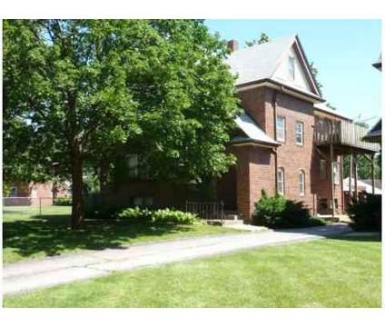 2 Beds - Metro Property Management at 2769 86th St in Urbandale IA is a Apartment