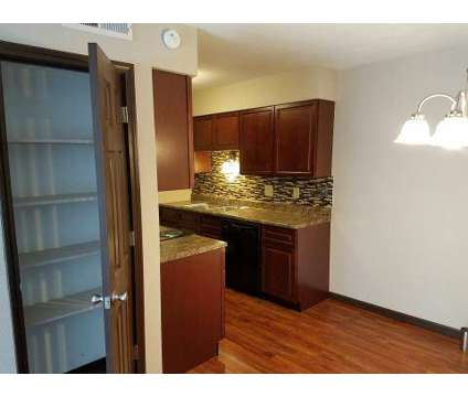 3 Beds - Bouse Apartment Homes at 2604 West Blvd in Belleville IL is a Apartment