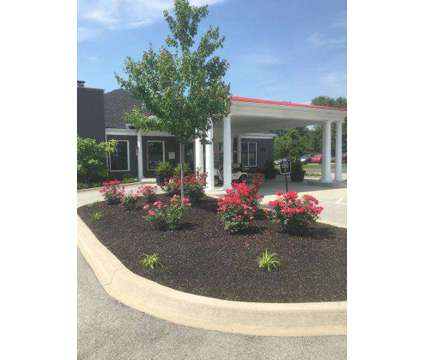 3 Beds - Addison Park at 2153 Goldsmith Ln in Louisville KY is a Apartment
