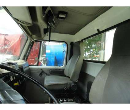 1998 International 2574 Safe Jet Vac Clean Earth is a 1998 Commercial Trucks & Trailer in Miami FL