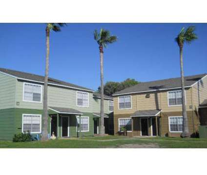 Studio - Land's End at 1201 Moore Avenue in Portland TX is a Apartment