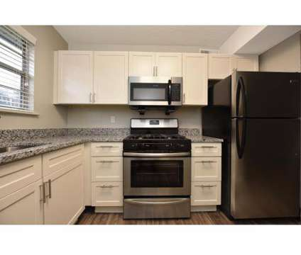 2 Beds - Avalon West Apartments at 309 Broome Road in Knoxville TN is a Apartment