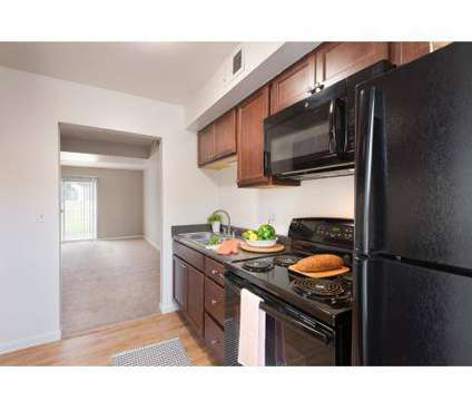 3 Beds - Maple Oaks Townhomes at 2743-d El Camino Dr in Middletown OH is a Apartment