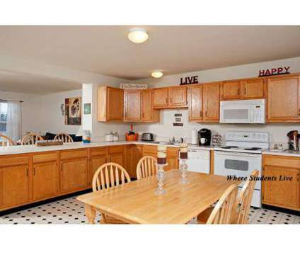4 Beds - Copper Beech Townhomes at 4750 E Bluegrass Road in Mount Pleasant MI is a Apartment