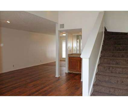 2 Beds - Broken Oak Townhomes at 1935 Broken Oak #901 in San Antonio TX is a Apartment