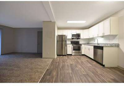 3 Beds - Windrush Apartments