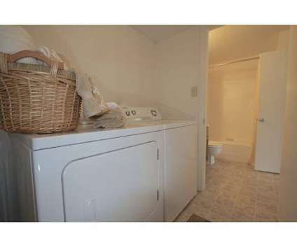 3 Beds - Shoreline Apartments at 4133 Shoreline Circle in Virginia Beach VA is a Apartment