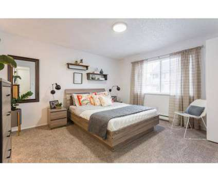2 Beds - Collins Junction at 4727 200th St Sw in Lynnwood WA is a Apartment