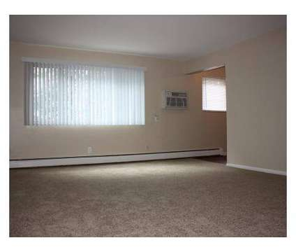 2 Beds - Crown Court at 7255 Turfway Road in Florence KY is a Apartment