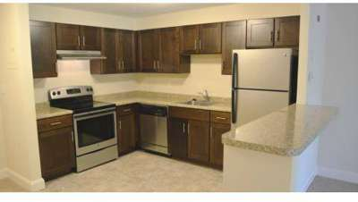 4 Beds - Faxon Commons