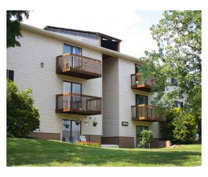 2 Beds - Oakwood Apts at 6928 Oakwood Drive in Florence KY is a Apartment