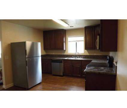 1 Bed - San Jacinto Raquet Club at 900 East Saturnino Road in Palm Springs CA is a Apartment