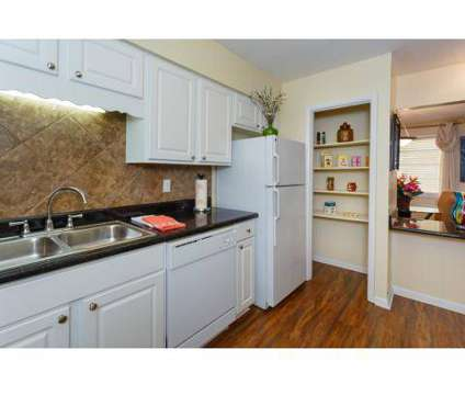 1 Bed - Park at Buckingham, The at 114 Aspen Cir in Homewood AL is a Apartment