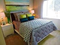 3 Beds - Gateway Lakes