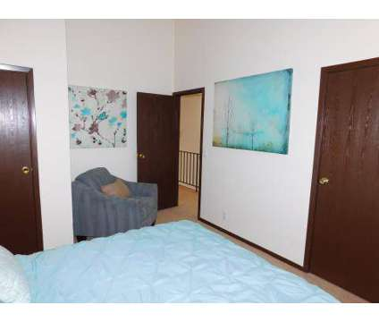 2 Beds - The Reserve at the Knolls at 3816 N 109th Plaza in Omaha NE is a Apartment