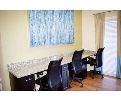 2 Beds - East Perimeter Pointe at 4946 Snapfinger Woods Dr in Decatur GA is a Apartment