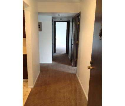 3 Beds - View High Lake Apartments at 10708 E 98th Terrace in Kansas City MO is a Apartment