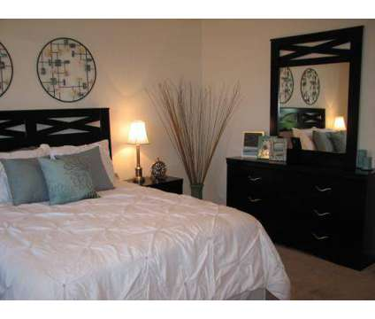 1 Bed - Warson Village Townhouse Apartments at 1000 Darwick Court in Creve Coeur MO is a Apartment