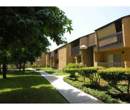 1 Bed - Hunter's Run Apartments at 532 Broadway in El Cajon CA is a Apartment