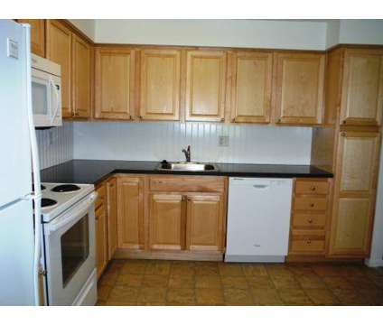3 Beds - Bethlehem Terrace Apartments at 47 Meadowbrook Dr in Slingerlands NY is a Apartment
