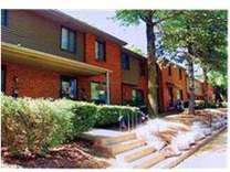 2 Beds - SK Management Townhouses