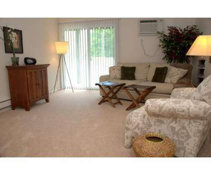Studio - Turtle Creek Apartments of Indianapolis at 8253 Harcourt Rd in Indianapolis IN is a Apartment