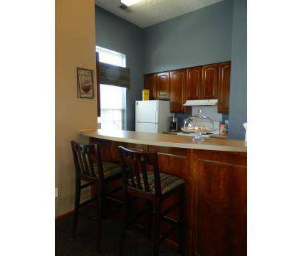 3 Beds - Ashland Lakes at 5587 Berryman Dr in Memphis TN is a Apartment