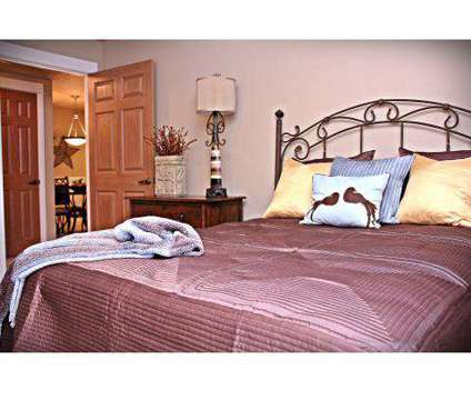 1 Bed - Mission Hills at 11900 Ne 18th St in Vancouver WA is a Apartment